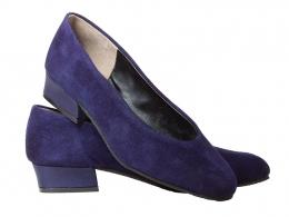 Zinnia Gabriella, Shown here in Purple
